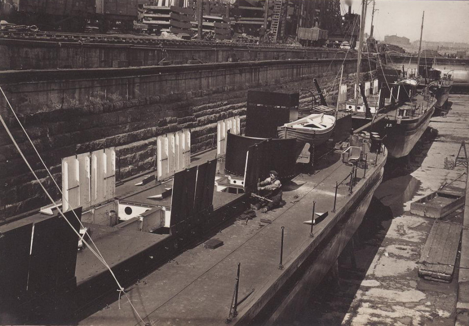 X.30, X.31 and X.32 under construction, photo from Bert Spaldin