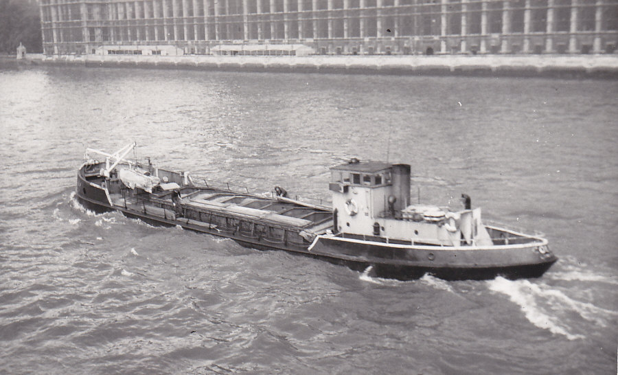 As COLIN P, off Westminster 17/8/1977