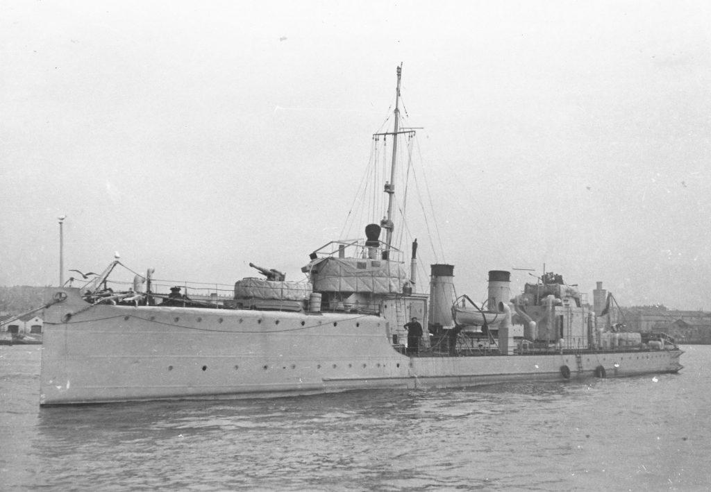 HMS Blade - ex-Z5