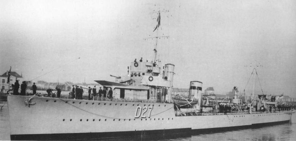 HMS Walker - 1