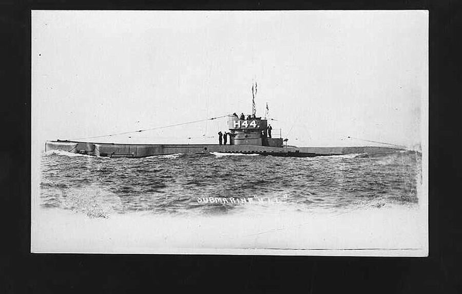 Submarine H 44 of 1920