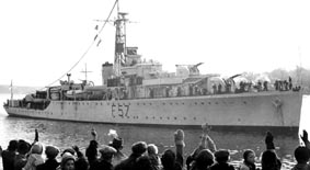 HMS_Black_Swan